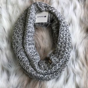 Sperry Grey And Silver Knit Scarf
